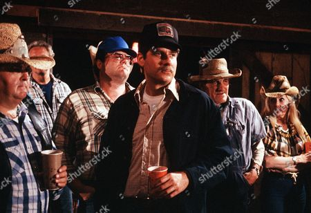 'Settle the Score'  TV Film - 1989 -        Lincoln (Richard Masur) has a drink with the locals.