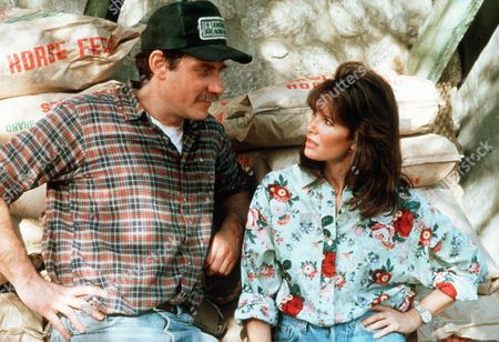 'Settle the Score'  TV Film - 1989 -        Katherine Whately (Jaclyn Smith)  stands with her brother Lincoln (Richard Masur) on the farm.