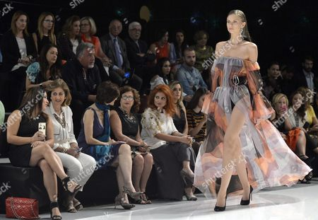 A Model Presents a Creation by Lebanese Designer Ingie Chalhoub From the Spring/summer 2016/2017 Haute Couture Collection During the Opening of the 'La Mode a Beyrouth' Fashion Week in Beirut Lebanon 17 October 2016 the Event Runs From 17 to 22 October Lebanon Beirut