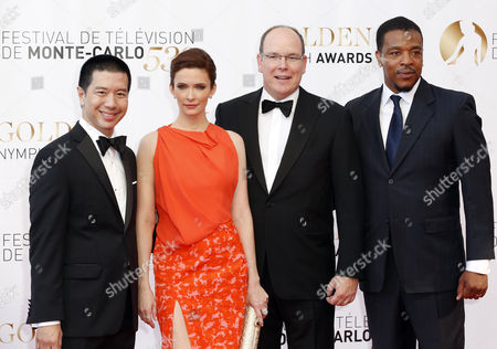 Philippine Actor Reggie Lee Us Actress Bitsie Tulloch Prince Albert Ii of Monaco and Us Actor Russel Hornsby Pose During the Closing Ceremony of the Monte Carlo Television Festival in Monaco 13 June 2013 the Festival Runs From 09 to 13 June Monaco Monte Carlo