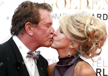 Us Actor Tom Berenger and His Wife Patricia Alvaran (r) Kiss During the Closing Ceremony of the Monte Carlo Television Festival in Monaco 13 June 2013 the Festival Runs From 09 to 13 June Monaco Monte Carlo