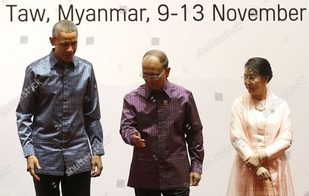Myanmar President Thein Sein (2- L) with His Wife Khin Khin Win (r) Lead Us President Barack Obama (l) Into the Gala Banquet at the 25th Association of South East Asian Nations (asean) Summit at the Myanmar International Convention Center in Naypyitaw Myanmar 12 November 2014 Myanmar Naypyitaw