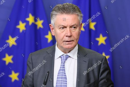 Stock Image of Eu Commissioner For Trade Karel De Gucht From Belgium Hold a Press Conference After a Meeting Between the European Commission Ukraine and the Russian Federation at the European Commission in Brussels Belgium 11 July 2014 the Meeting Between the European Commission Ukraine and the Russian Federation was Set For Political-level Consultations on the Implementation of the Eu-ukraine Association Agreement That was Signed on 27 June Belgium Brussels