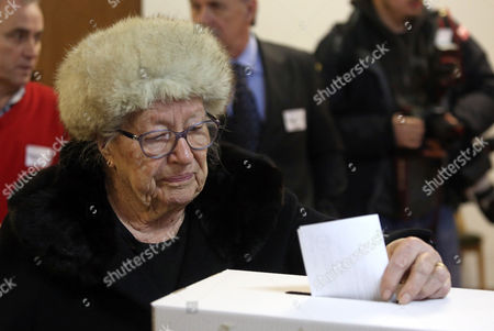 A Croatian Woman Casts Her Ballot at a Polling Station in Zagreb Croatia 11 January 2015 Polls Opened in Croatia As Voters Cast Their Ballots in what is Expected to Be a Closely-fought Presidential Run-off Between the Incumbent Social Democrat (sdp) Ivo Josipovic and His Conservative Challenger Kolinda Grabar-kitarovic Croatia Zagreb