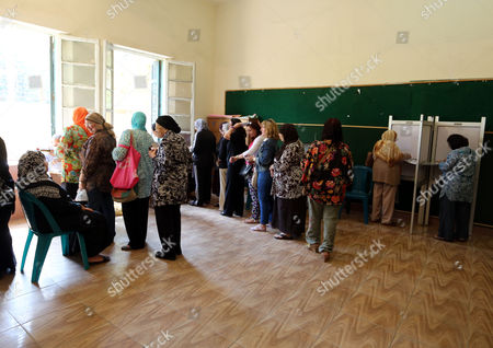 Egyptians Wait For Their Turn to Vote During Presidential Elections Inside a Polling Station in Heliopolis District Cairo Egypt 26 May 2014 Egyptians Began on 26 May Two Days of Voting to Elect a New President in the First Elections Since the Army Deposed Islamist President Mohamed Morsi More Than 11 Months Ago the Election is a Two-man Race Between Former Army Chief Abdel Fattah Al-sisi and Leftist Politician Hamdeen Sabahi Egypt Cairo