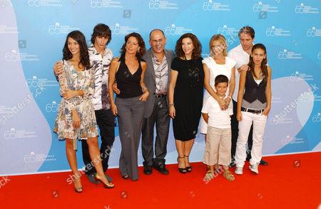 Nicole Grimaudo, Federico Costantini, Monica Guerritore, Ferzan Ozpetek, Stefania Sandrelli, Isabella Ferrari and Valerio Mastrandea
