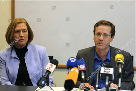 Isaac Herzog (r) and Tzipi Livni of the Zionist Union Party Make Statements in Their Headquarters on Their Party's Future Role Following Its Decisive Loss in the Israeli General Election to the Likud Party Led by Prime Minister Netanyahu in Tel Aviv Israel 18 March 2015 Both Said They Would Be Firmly in the Opposition to Netanyahu's 'Nationalist' Government and They Will Continue Fighting For Social Issues with Herzog Saying 'We Will Be a Worthy Real Alternative to the Narrow Radical Right Wing Government ' Israel Tel Aviv