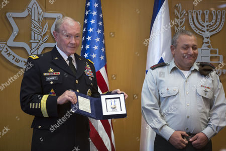 Chairman of the United States Joint Chiefs of Staff Gen Martin E Dempsey (l) with Israeli Chief of Staff Lieutenant General Gadi Eizenkot As He Receives a Medal From Israel During a Ceremony at Israel's Military Headquarters in Tel Aviv Israel 09 June 2015 Honoring Dempsey's Tenure As the Usa's Leading Military Officer As His Term Comes to a Close Dempsey Said There was No Country in the World Standing So Firmly Behind Israel Israel Tel Aviv
