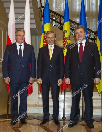 Stock Photo of Polish President Bronislaw Komorowski (l-r) Moldovan Prime Minister Iurie Leanca and Ukrainian President Petro Poroshenko Line Up For a Group Photo During an Official Visit in Chisinau Moldova on 20 November 2014 Poroshenko and Komorowski Visited Moldova to Support Its Eu Integration Aspirations According to Government Sources Moldova, Republic of Chisinau