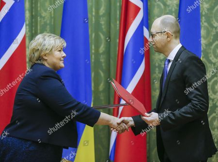 Editorial picture of Ukraine Crisis Diplomacy - Nov 2014