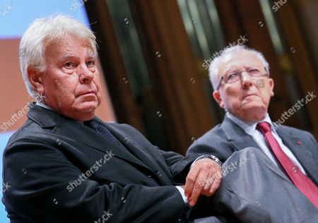 (l-r) Spanish Former Prime Minister Felipe Gonzalez and Jacques Delors the French Former President of the European Commission Fattend a Debate Reinventing Europe in Brussels 10 October 2013 Reinventing Europe is 3 Days Debatye Organize by Major European Media Belgium Brussels