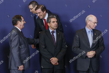 (l-r) Cyprus' President Nicos Anastasiades Romanian Prime Minister Victor Viorel Ponta Portuguese Prime Minister Pedro Passos Coelho Bulgarian President Rosen Plevneliev and European Council President Herman Van Rompuy Take Their Positions to Pose For a Group Photo During a European Heads of State Summit in Brussels Belgium 22 May 2013 the European Council Will in the Context of the Eu's Efforts to Promote Growth Jobs and Competitiveness Discuss Energy and Taxation Policy Belgium Brussels