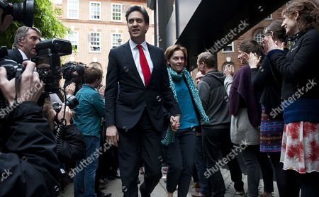 Opposition Labour Leader Ed Miliband (c-l) and His Wife Justine Thornton (c-r) Arrive at Labour Party Headquarters in Central London Britain 08 May 2015 Ed Miliband is Expected to Resign His Position As Party Leader After His Rival Conservative Leader David Cameron Appears to Be Heading For a Second Term in Office As an Exit Poll and Early Results Suggested His Conservative Party Would Win Enough Seats to Form a Minority Government United Kingdom London