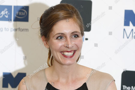 New Zealand Novelist Eleanor Catton Poses As Winner of the 2013 Man Booker Prize After the Announcement Held at Guildhall London Britain 15 October 2013 the Man Booker Prize is Britain's Most Coveted Literary Recognition and is Awarded Each Year For the Best Original Full-length Novel Written in the English Language by a Citizen of the Commonwealth of Nations Or Ireland United Kingdom London