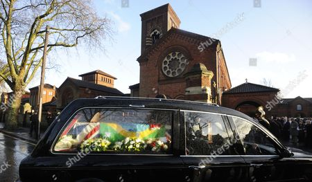 A Hearse Carrying the Coffin of Great Train Robber Ronnie Biggs Arrives at Golders Green Crematorium in London Britain 03 January 2014 Britain's Great Train Robber Ronnie Biggs Has Died Aged 84 at a Care Home in London on 18 December Biggs Won Notoriety For His Role in Holding Up a Royal Mail Train in 1963 Before Eventually Fleeing to Rio De Janeiro and Spending 35 Years on the Run United Kingdom London
