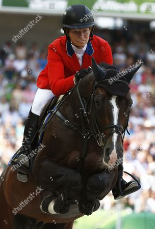 Us Rider Beezie Madden on Horse Casall Ask Competes in the Jumping Final Four Event at the World Equestrian Games 2014 in Caen France 07 September 2014 Madden Took the Third Place France Caen