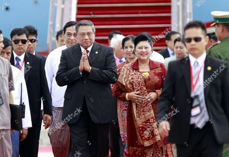 Indonesia President Susilo Bambang Yudhoyono (c) and His Wife Ani Bambang Yudhoyono (c-r) As They Arrive at Naypyitaw International Airport to Attend the Association of Southeast Asian Nations (asean) Summit in Naypyitaw 10 May 2014 Myanmar Hosts the 24th Asean Summit in Naypyitaw As the First Time Since Its Join the Asean Community in 1997 and Theme For Its Chairmanship of Asean is 'Moving Forward in Unity to a Peaceful and Prosperous Community ' Myanmar Yangon