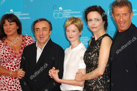 Serena Grandi, Silvio Orlando, Alba Rohrwacher, Francesca Neri and Ezio Greggio