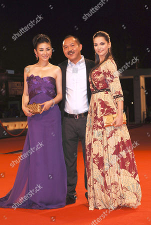 Yi Huang, Nelson Yu Lik-wai and Taina Muller