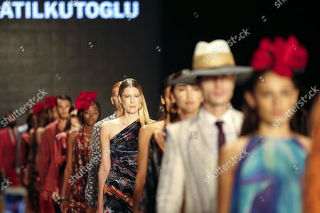 Stock Image of Models Present Creations by Turkish Designer Atil Kutoglu During the Mercedes Benz Fashion Week in Istanbul Turkey 13 October 2016 the Event Runs Until 15 October Turkey Istanbul