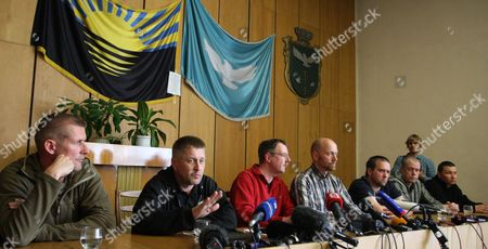 Part of the Organization For Security and Cooperation in Europe (osce) Military Observers and the So Called People's Mayor of Slaviansk Vyacheslav Ponomarev (2-l) Attend a Press Conference in Slaviansk Ukraine 27 April 2014 Speaking For the Group was German Colonel Axel Schneider (4-l Checkered Shirt) Others Are not Identified the Seven Observers From Vienna-based Osce Five Ukrainian Officers and One Driver of a Bus Were Detained by Pro-russian Separatists in Eastern Ukrainian on 25 April 2014 and Are Held Captive on Charges of Espionage Ukraine Slaviansk