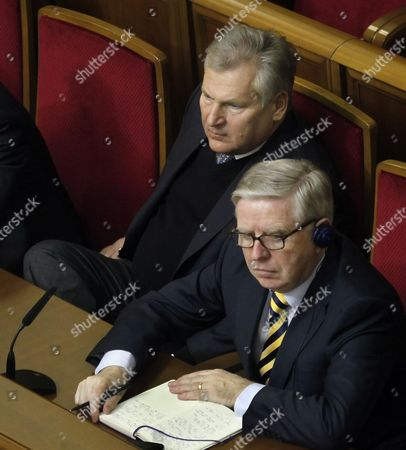 Former Polish President Aleksander Kwasniewski (l) and Former President of the European Parliament Pat Cox (r) Attend the Session of the Ukrainian Parliament in Kiev Ukraine 21 November 2013 the Parliament Failed to Adopt the Bill Solving the Issue of Treatment of Jailed Opposition Leader Julia Tymoshenko the Bill Would Allow Jailed Tymoshenko to Get Medical Treatment in Germany and is Necessary For Guaranteeing Signing a Trade Deal with the Eu Ukraine Kiev