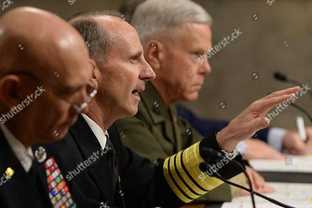 Us Chief of Naval Operations Admiral Jonathan Greenert (c) Testifies Between Us Army Chief of Staff General Raymond Odierno (l) and Us Commandant of the Marine Corps General James Amos (r) During the Us Senate Armed Services Committee Hearing on 'The Impact of Sequestration on the National Defense' on Capitol Hill in Washington Dc Usa 07 November 2013 United States Washington