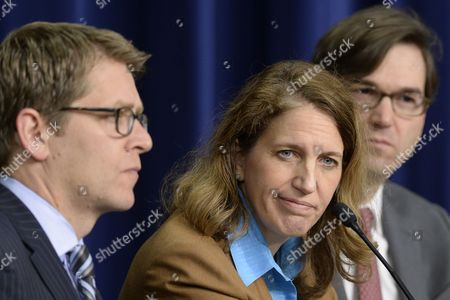Director of the Office of Management and Budget (omb) Sylvia Mathews Burwell (c) White House Press Secretary Jay Carney (l) and Council of Economic Advisers Chairman Jason Furman (r) Attend a News Conference on President Obama's Fiscal Year 2015 Budget Proposal at the Eisenhower Executive Office Building in Washington Dc Usa 04 March 2014 Obama Sent a 3 9 Trillion Dollar Budget Request to Congress on 04 March That Has Increased Spending Aimed to Bolster Economic Growth United States Washington