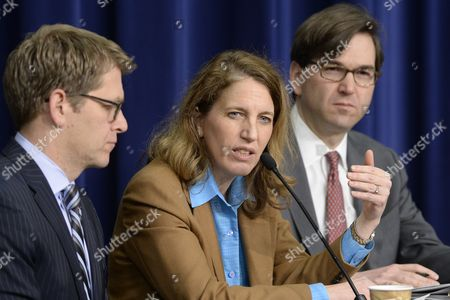 Director of the Office of Management and Budget (omb) Sylvia Mathews Burwell (c) Responds to a Question Beside White House Press Secretary Jay Carney (l) and Council of Economic Advisers Chairman Jason Furman (r) During a News Conference on President Obama's Fiscal Year 2015 Budget Proposal at the Eisenhower Executive Office Building in Washington Dc Usa 04 March 2014 Obama Sent a 3 9 Trillion Dollar Budget Request to Congress on 04 March That Has Increased Spending Aimed to Bolster Economic Growth United States Washington