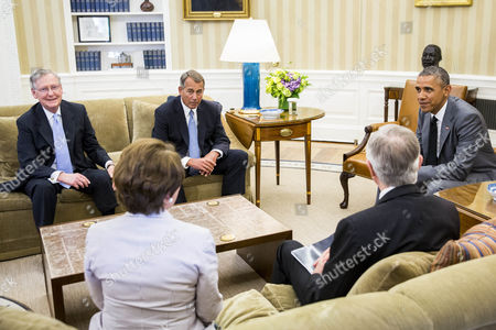 From Left to Right Senate Minority Leader Mitch Mcconnell House Minority Leader Nancy Pelosi Speaker of the House John Boehner Senate Majority Leader Harry Reid and President Barack Obama Meet in the Oval Office of the White House in Washington Dc Usa 18 June 2014 According to Press Secretary Jay Carney the President and Congressional Leadership Were Meeting to Discuss Options For the Conflict in Iraq United States Washington