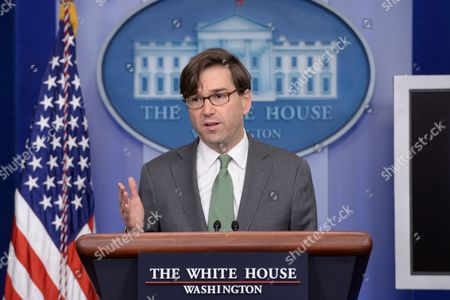 Chairman of the Council of Economic Advisers Jason Furman Delivers Remarks on the Economy in 2013 During a News Conference at the White House in Washington Dc Usa 19 December 2013 United States Washington