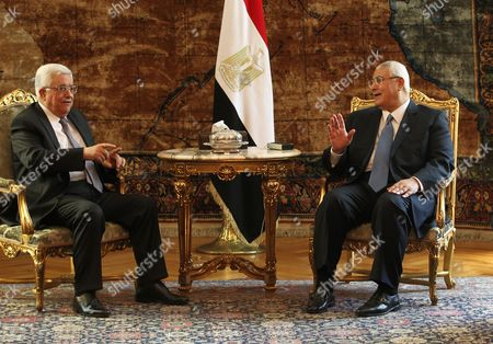 Egyptian Interim President Adli Mansour (r) Meets with Palestinian President Mahmoud Abbas (l) in Cairo Egypt 29 July 2013 Reports State That Abbas is Expected to Update the Egyptian Officials on Palestinian-israeli Negotiations Expected to Resume Later 29 July 2013 in Washington Egypt Cairo