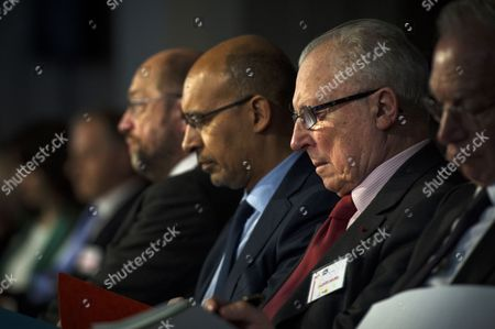 Former French Minister in Charge of the Economy and Finances Jacques Delors (r) Attends to the European Progressivist Forum Together with French Socialist Party First Secretary Harlem Desir (c) and European Parliament President Martin Schulz (l) at the Mutualite Palace in Paris France 15 June 2013 France Paris