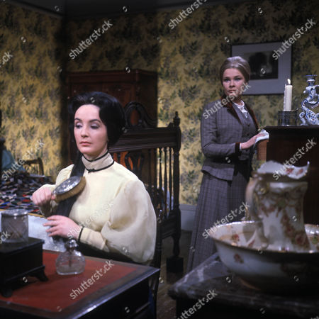 'The Stories of D H Lawrence: Daughters of the Vicar'   TV Picture shows - Judi Dench as Louisa Lindley and Petra Davies as Mary Lindley