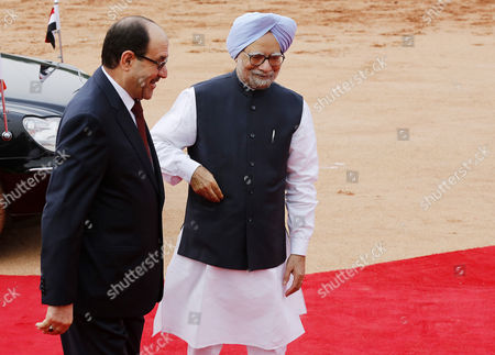 Indian Prime Minster Manmohan Singh (r) with Prime Minister of Iraq Nouri Kamil Al-maliki During a Welcoming Ceremony at the Indian President S House in New Delhi India 23 August 2013 Prime Minister Nouri Kamil Al-maliki in India on a State Four Day State Visit and is Scheduled to Meet India's Top Politicians to Strengthen the Political and Business Ties Between the Two Countries India New Delhi