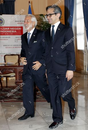 Nicaragua's Minister of Foreign Affairs Samuel Santos Lopez (l) Walks with His Indonesian Counterpart Marty Natalegawa During Their Meeting in Jakarta Indonesia 18 June 2013 Samuel Santos Lopez is in Indonesia to Meet Several Indonesian Leaders Indonesia Jakarta