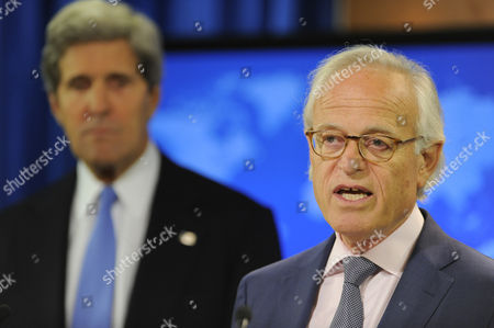 Former American Ambassador to Israel Martin Indyk (r) Makes Remarks As Us Secretary of State John Kerry (l) Listens During the Announcement on the Resumption of Peace Talks Between Israel and the Palestinian Authority to Be Headed by Indyk at the State Department in Washington Dc Usa 29 July 2013 Kerry Will Be Meeting Later in the Evening with Israeli Justice Minister Tzipi Livni and Palestinian Chief Negotiator Saeb Erekat United States Washington