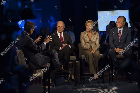 (left to Right) Journalist Fareed Zakaria Leads New York City Mayor Michael Bloomberg Rockefeller Foundation President Judith Rodin and World Bank Group President Jim Yong Kim in a Panel Discussion During the 2013 Clinton Global Initiative Annual Meeting in New York New York Usa 25 September 2013 Established in 2005 by Former Us President Bill Clinton the Cgi Convenes a Community of Global Leaders to Forge Solutions to the World's Most Pressing Challenges Epa/keith Bedford United States New York
