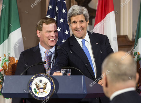 United States Secretary of State John Kerry (r) Stands with Canadian Foreign Minister John Baird (l) During a Press Conference at Historic Faneuil Hall in Boston Massachusetts Usa 31 January 2015 Secretary of State Kerry is Hosting the North American Ministerial Trilateral Meeting United States Boston