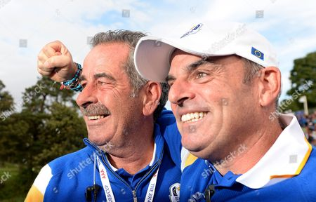 Europe's Ryder Cup Captain Paul Mcginley (r) Celebrates with Vice-captain Sam Torrance (l) After Europe Beat the Usa by Five Points in the 40th Ryder Cup at Gleneagles Perthshire Scotland 28 September 2014 United Kingdom Gleneagles