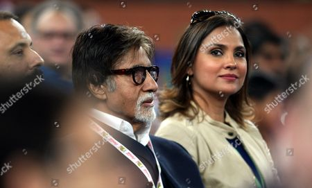 Bollywood Actors Amitabh Bachchan (l) and Lara Dutta Watch the International Premier Tennis League (iptl) in New Delhi India on 07 December 2014 the League Features Four Teams Made out of a Hybrid Mix of Current and Former Men's and Women's Players India New Delhi