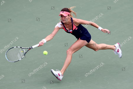 Agnieszka Radwanska of Poland Hits a Forehand Return to Vera Dushevina of Russia During the Women Quarterfinal Match of the 2013 Kdb Korea Open Tennis Championships at Olympics Park in Seoul South Korea 20 September 2013 Poland's Agnieszks Radwanska Won 6-2 6-0 Korea, Republic of Seoul