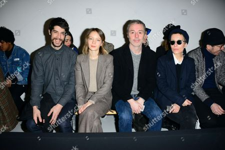 Tendo, Diane Rouxel, Baxter Dury, Jeanne Added in the front row