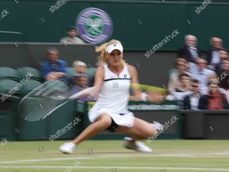 Agnieszka Radwanska of Poland Returns to Mathilde Johansson of France During Their Second Round Match For the Wimbledon Championships at the All England Lawn Tennis Club in London Britain 27 June 2013 United Kingdom Wimbledon