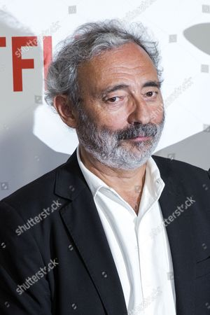 French Writer Dan Franck Poses During a Photocall For the Netflix Launching Event at the Faust in Paris France 15 September 2014 the Video on Demand (vod) Platform is Launched in France on 15 September and Has Signed a Broadcast Agreement with the Internet Service Provider Bouygues Telecom and is Now Available in the Country on the Web France Paris