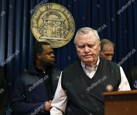 Georgia Governor Nathan Deal (r) and Atlanta Mayor Kasim Reed (l) Respond to Questions in the Aftermath a Winter Storm in Unprepared Atlanta Georgia Usa 29 January 2014 Thousands of Commuters and Students Were Unable to Reach Their Homes in the Aftermath of the Storm United States Atlanta