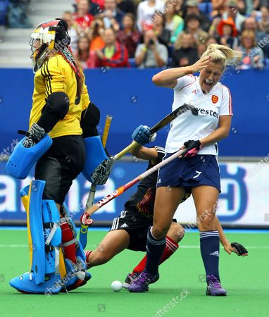 Georgie Twigg From England (r) and German Tina Bachmann (bottom) Fight For the Ball During the Eurohockey 2013 Women's Final Between Germany and England in Boom Near Antwerp Belgium 24 August 2013 Belgium Boom