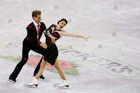 Nicole Orford of Canada and Thomas Williams of Canada Skate During the Ice Dance Short Program of the Isu Gp 2014 Hilton Hhonors Skate America at the Sears Center in Hoffman Estates Illinois Usa 24 October 2014 United States Hoffman Estates