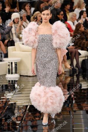 Greta Varlese on the catwalk