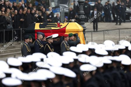 The coffin with the late former German president Roman Herzog is carried from the Berlin Cathedral for the military farewell ceremony following the state funeral ceremony in Berlin, Germany, 24 January 2017. Herzog died on 10 January 2017 at the age of 82.